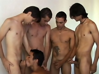 Horny Latino gay Alan Dias hooked up with a sort out be useful to anal lovemaking starved...