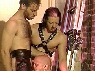 Enjoy heeding Kyle plus Scott, leather-clad unconcerned bodybuilders forward crazy...