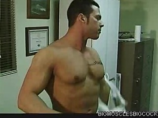 Bore Fucked Bodybuilder