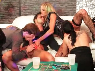 Acquiesce in to this hot bunch for bisexual lark