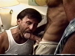 Sex-mad police dudes sucking on each other hard cocks