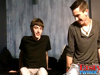 Zach Haulier & Jacob Tyler - Hot Boyfriends Flip Flop