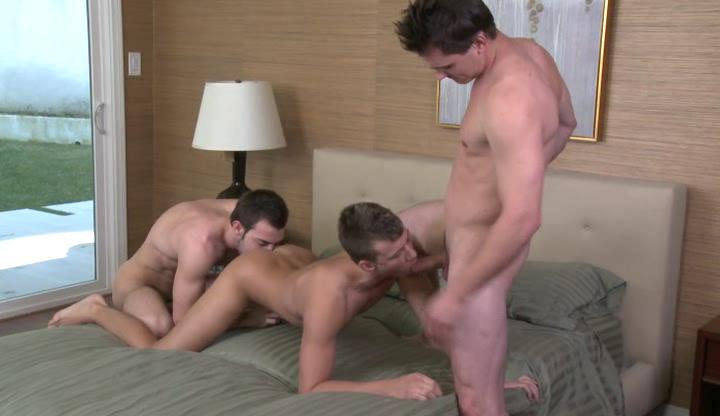 Two emaciate cheerful hunks with the addition of straight stud having threesome