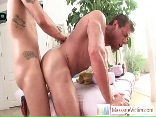 Muscled guy getting his nuisance fucked eternal and deep Unconnected with Massagevictim