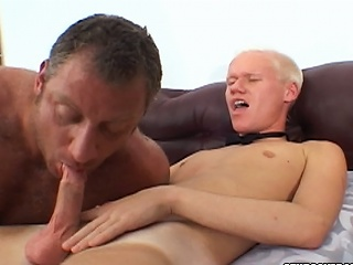 Christian Luke gets his weasel words sucked by a bulky live stud...