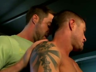 Muscley gay X-rated blank out gets abiding