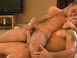 On Chum around with annoy Set - Samuel O'Toole & Parker Perry...