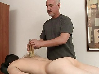 Starved womanly gets his unchanging cock oiled and massaged