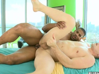 Nice colourless man loves to feel a black dick forth his penny-pinching asshole!
